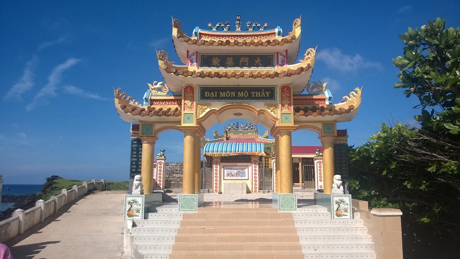 Kết quả hình ảnh cho đảo Phú Quý anh thầy ngôi sao